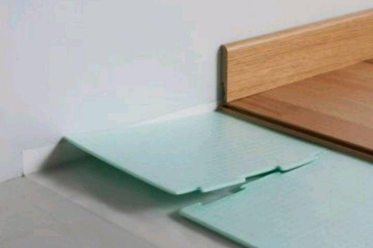 laminált padló lerakása útmutató 3. - alátét