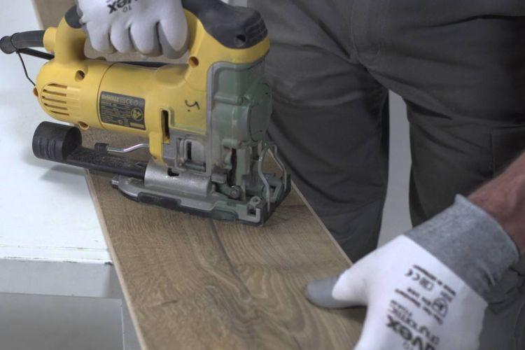 laminált padló lerakása útmutató 1. - vágási veszteség