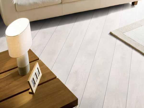 aspen tölgy fehér laminált padló