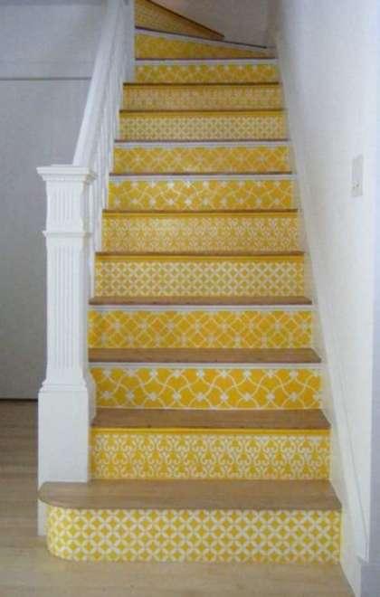 lépcső dekorálása stencil festéssel