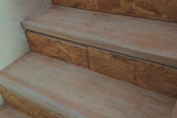 laminált padló fa lépcsőre előkészítés